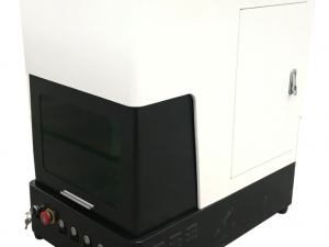 Fully Enclosed Fiber Laser Engraver